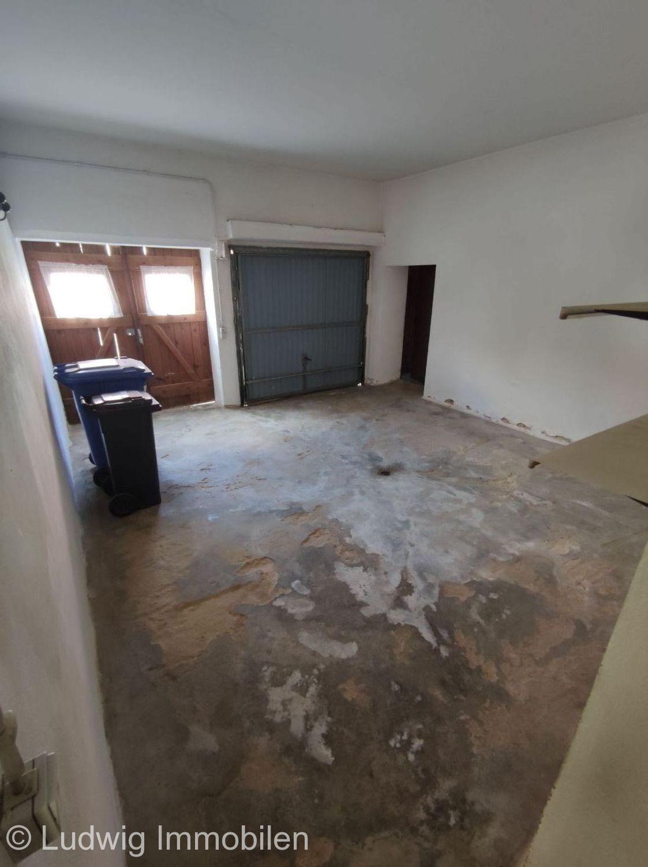 Garage Zugang über Wohnhaus